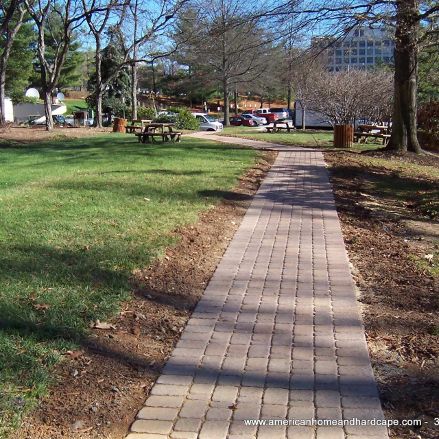 Walkway-With-Pavers