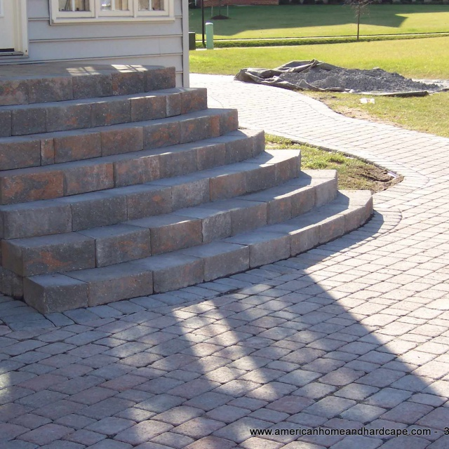 Residential-Patio-With-Pavers